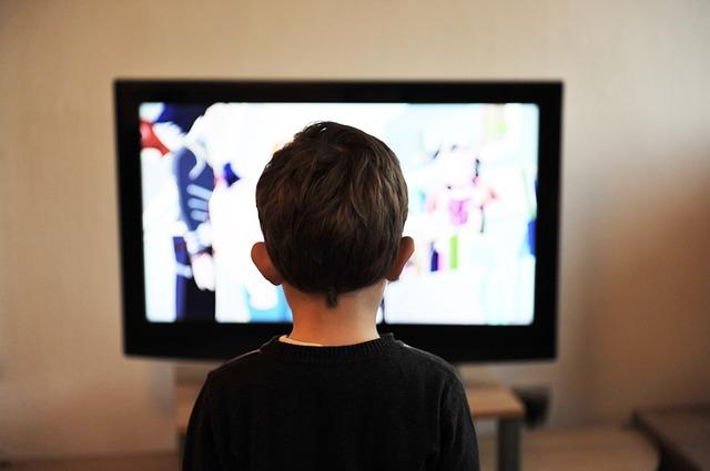 dítě a televize