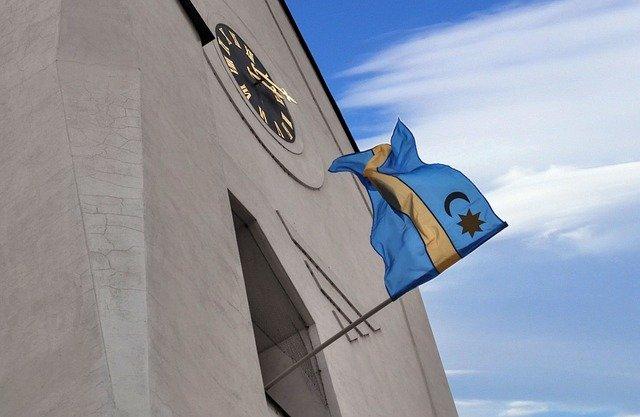 vlajka modro-žlutá