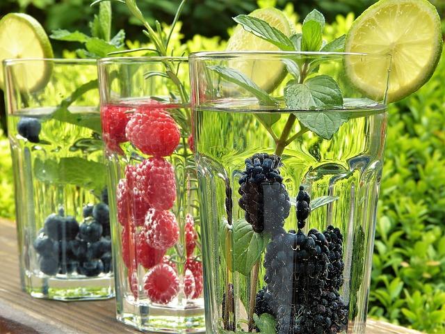 ovocná voda